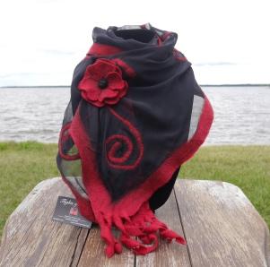 scroll scarf with poppy